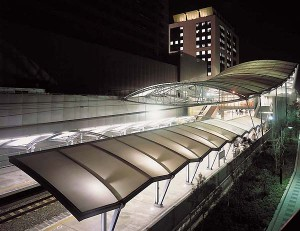 JRユニバーサルシティー駅  外観